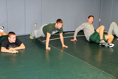 ZCHS Sit-up Push-up-a-thon 11-17-12_0006