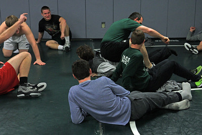 ZCHS Sit-up Push-up-a-thon 11-17-12_0023