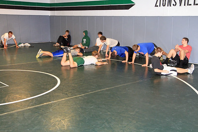 ZCHS Sit-up Push-up-a-thon 11-17-12_0021