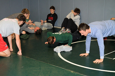 ZCHS Sit-up Push-up-a-thon 11-17-12_0019