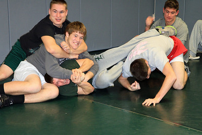 ZCHS Sit-up Push-up-a-thon 11-17-12_0010
