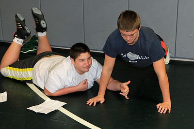 ZCHS Sit-up Push-up-a-thon 11-17-12_0028
