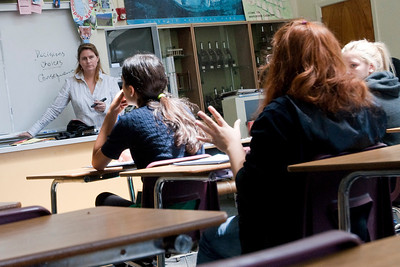 BEVERLY HILLS, CALIFORNIA — Young Writers' Conference at El Rodeo Elementary. Shown is a session with writer, producer and screenwriter Anne Krumrey. Photo taken by Tom Sorensen, Monday May 18th, 2009.