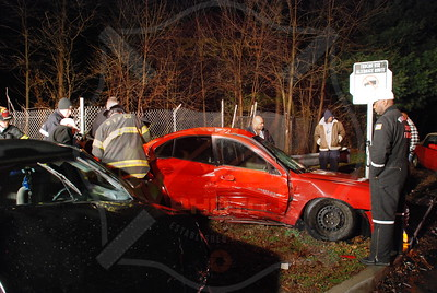 Wyandanch Fire Co. MVA w/ Entrapment Little East Neck Rd. and Patton Ave. 12/6/09