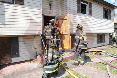 Wyandanch Fire Co. Signal 13 93 Jamaica Ave. 4/8/13