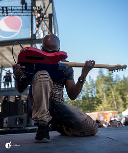 Wyclef Jean   High Times Cannabis Cup Canada  Lake Cowichan BC
