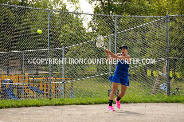 Wykon Girls Tennis