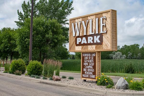 Wylie Park sign