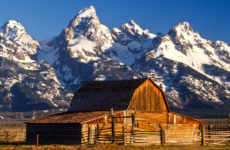glorious barn...