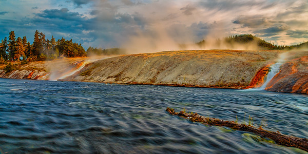 Grand Prismatic Outflow 2