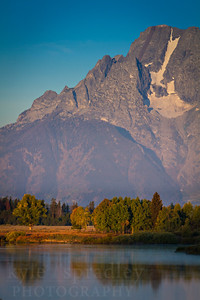Oxbow Bend area of the Snake River in Grand Teton National Park during fall/autumn in September.   Photo by Kyle Spradley | www.kspradleyphoto.com