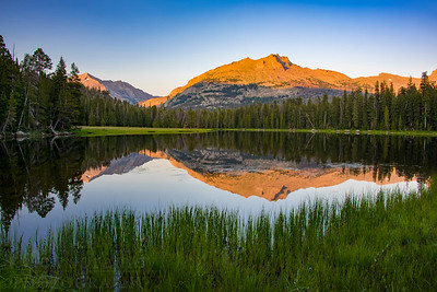 Sunset along the shores of Diamond Lake in the Wind River Range of Western Wyoming. The picturesque lake located just a short hike from the Big Sandy Campground provides panoramic views of jagged peaks.  Photo by Kyle Spradley | © Kyle Spradley Photography | www.kspradleyphoto.com
