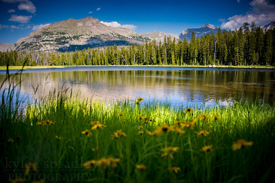 Afternoon light along the shores of Diamond Lake in the Wind River Range of western Wyoming. The picturesque lake located just a short hike from the Big Sandy Campground provides panoramic views of jagged peaks.  Photo by Kyle Spradley | © Kyle Spradley Photography | www.kspradleyphoto.com