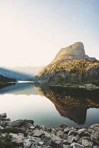 Sunrise at Black Joe Lake in the Wind RIver Range of Western Wyoming.   Photo by Kyle Spradley | © Kyle Spradley Photography | www.kspradleyphoto.com