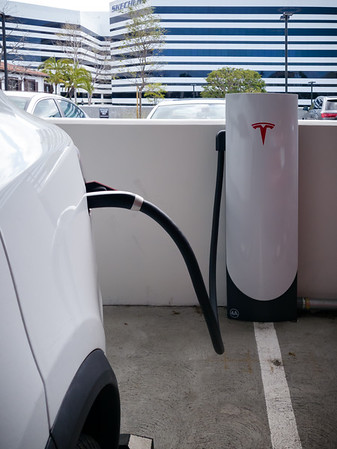 """This is my first time plugging in at one of Tesla's """"Urban Supercharger"""".  Their Manhattan Beach location is a 15 to 20 minute walk from my office...so I can come back and pick her up during my lunch break."""