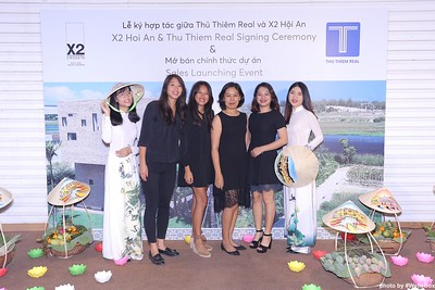 X2-Hoi-An-Sales-Launching-Event-Photo-Booth-by-WefieBox-Photobooth-Vietnam-Chup-hinh-in-anh-lay-lien-Su-kien-Tiec-cuoi-23
