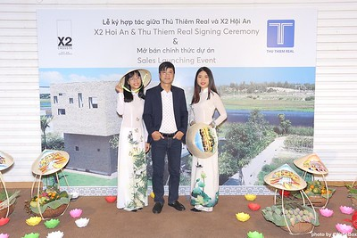 X2-Hoi-An-Sales-Launching-Event-Photo-Booth-by-WefieBox-Photobooth-Vietnam-Chup-hinh-in-anh-lay-lien-Su-kien-Tiec-cuoi-09