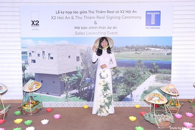 X2-Hoi-An-Sales-Launching-Event-Photo-Booth-by-WefieBox-Photobooth-Vietnam-Chup-hinh-in-anh-lay-lien-Su-kien-Tiec-cuoi-18