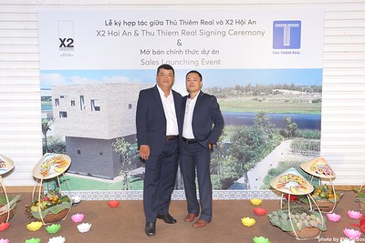 X2-Hoi-An-Sales-Launching-Event-Photo-Booth-by-WefieBox-Photobooth-Vietnam-Chup-hinh-in-anh-lay-lien-Su-kien-Tiec-cuoi-04