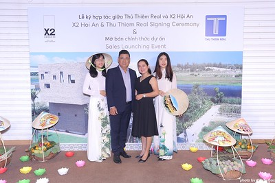 X2-Hoi-An-Sales-Launching-Event-Photo-Booth-by-WefieBox-Photobooth-Vietnam-Chup-hinh-in-anh-lay-lien-Su-kien-Tiec-cuoi-16