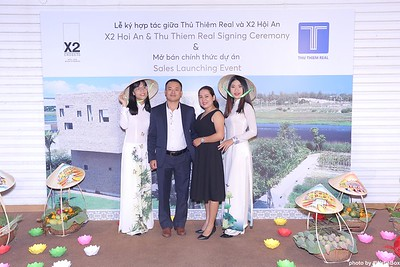 X2-Hoi-An-Sales-Launching-Event-Photo-Booth-by-WefieBox-Photobooth-Vietnam-Chup-hinh-in-anh-lay-lien-Su-kien-Tiec-cuoi-10