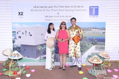 X2-Hoi-An-Sales-Launching-Event-Photo-Booth-by-WefieBox-Photobooth-Vietnam-Chup-hinh-in-anh-lay-lien-Su-kien-Tiec-cuoi-28