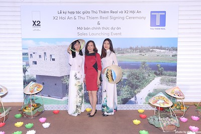 X2-Hoi-An-Sales-Launching-Event-Photo-Booth-by-WefieBox-Photobooth-Vietnam-Chup-hinh-in-anh-lay-lien-Su-kien-Tiec-cuoi-14