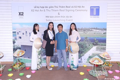 X2-Hoi-An-Sales-Launching-Event-Photo-Booth-by-WefieBox-Photobooth-Vietnam-Chup-hinh-in-anh-lay-lien-Su-kien-Tiec-cuoi-25
