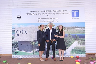 X2-Hoi-An-Sales-Launching-Event-Photo-Booth-by-WefieBox-Photobooth-Vietnam-Chup-hinh-in-anh-lay-lien-Su-kien-Tiec-cuoi-106