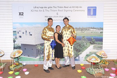 X2-Hoi-An-Sales-Launching-Event-Photo-Booth-by-WefieBox-Photobooth-Vietnam-Chup-hinh-in-anh-lay-lien-Su-kien-Tiec-cuoi-07