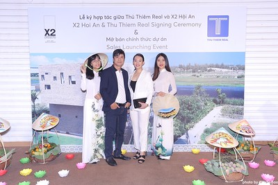 X2-Hoi-An-Sales-Launching-Event-Photo-Booth-by-WefieBox-Photobooth-Vietnam-Chup-hinh-in-anh-lay-lien-Su-kien-Tiec-cuoi-17