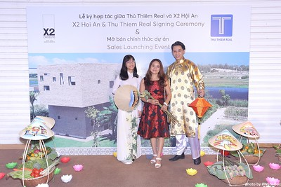 X2-Hoi-An-Sales-Launching-Event-Photo-Booth-by-WefieBox-Photobooth-Vietnam-Chup-hinh-in-anh-lay-lien-Su-kien-Tiec-cuoi-32