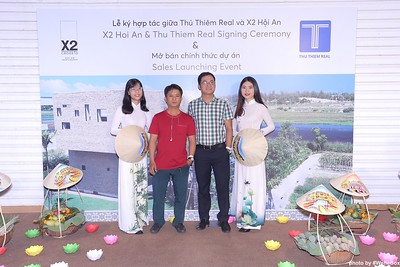 X2-Hoi-An-Sales-Launching-Event-Photo-Booth-by-WefieBox-Photobooth-Vietnam-Chup-hinh-in-anh-lay-lien-Su-kien-Tiec-cuoi-26