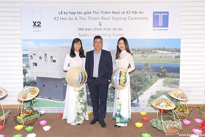 X2-Hoi-An-Sales-Launching-Event-Photo-Booth-by-WefieBox-Photobooth-Vietnam-Chup-hinh-in-anh-lay-lien-Su-kien-Tiec-cuoi-05