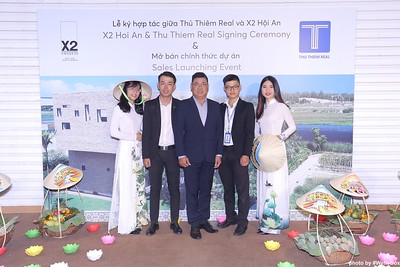 X2-Hoi-An-Sales-Launching-Event-Photo-Booth-by-WefieBox-Photobooth-Vietnam-Chup-hinh-in-anh-lay-lien-Su-kien-Tiec-cuoi-22