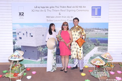X2-Hoi-An-Sales-Launching-Event-Photo-Booth-by-WefieBox-Photobooth-Vietnam-Chup-hinh-in-anh-lay-lien-Su-kien-Tiec-cuoi-29