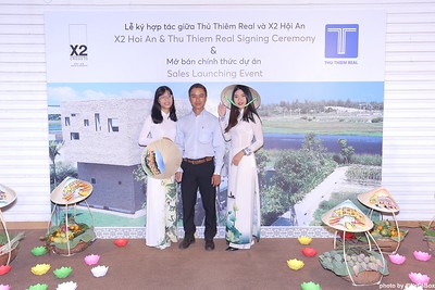 X2-Hoi-An-Sales-Launching-Event-Photo-Booth-by-WefieBox-Photobooth-Vietnam-Chup-hinh-in-anh-lay-lien-Su-kien-Tiec-cuoi-13