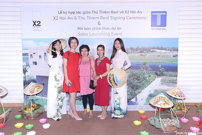 X2-Hoi-An-Sales-Launching-Event-Photo-Booth-by-WefieBox-Photobooth-Vietnam-Chup-hinh-in-anh-lay-lien-Su-kien-Tiec-cuoi-11