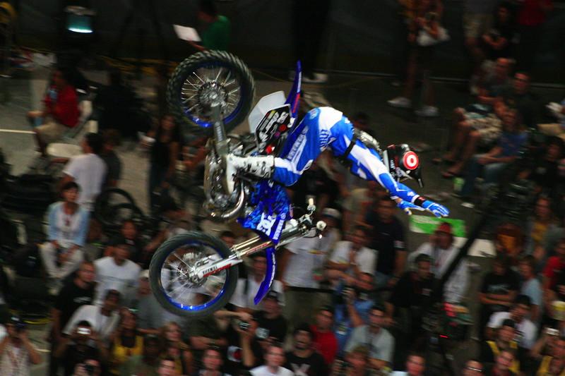 Nate Adams doing his no-hands back flip!!