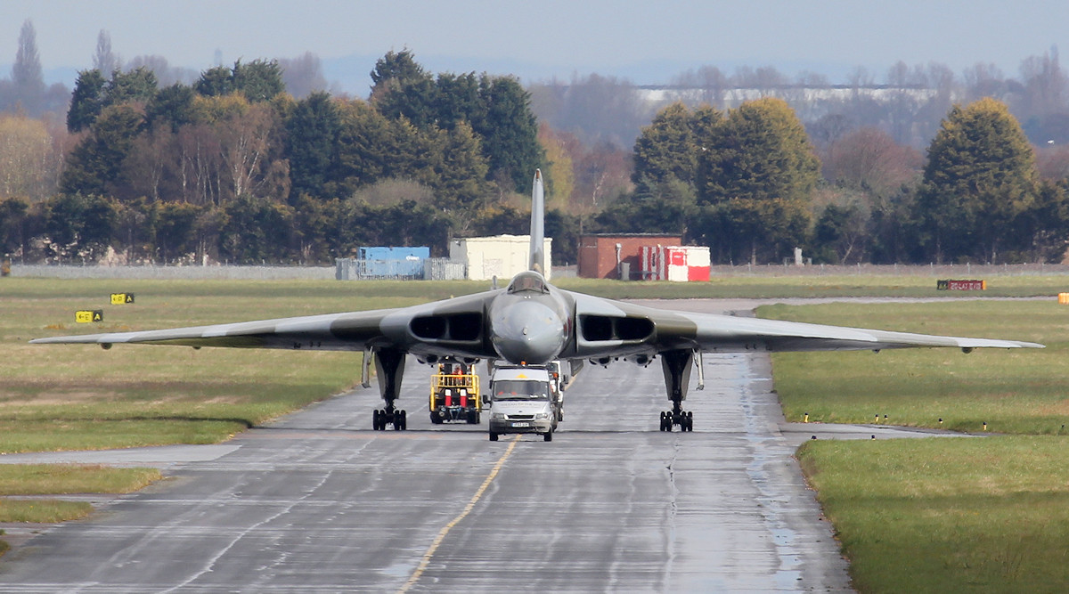 XH558 heads to the engine test bay for her first engine runs following the winter service.<br /> By Jim Calow.