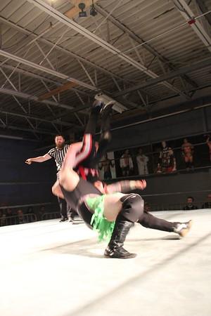 "Xtreme Wrestling Alliance Buff-Down February 23, 2017 Jeremy Leary vs. ""Riot"" Kellan Thomas"