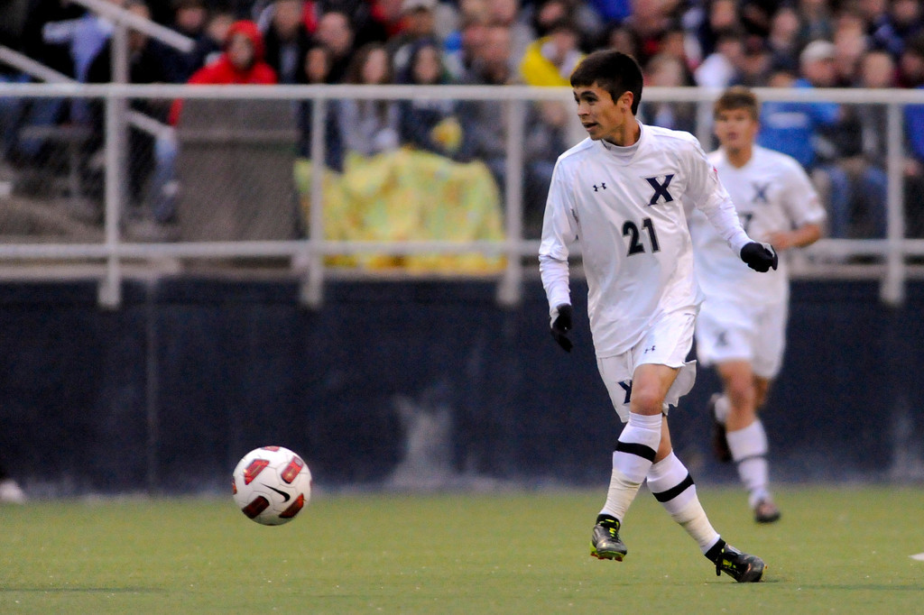 Xavier (21) Gino Depaoli during the game between the Xavier Musketeers and Akron Zips Cincinnati, Ohio.  Xavier and Akron ended in a draw (1-1).