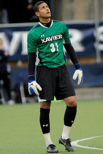 Xavier (31) GK Justin Marshall before the game between the Xavier Musketeers and Akron Zips Cincinnati, Ohio.  Xavier and Akron ended in a draw (1-1).