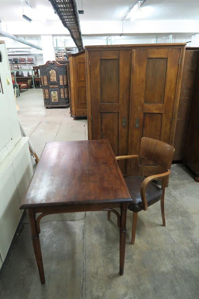 Desk, Chair and Wardrobe chosen.