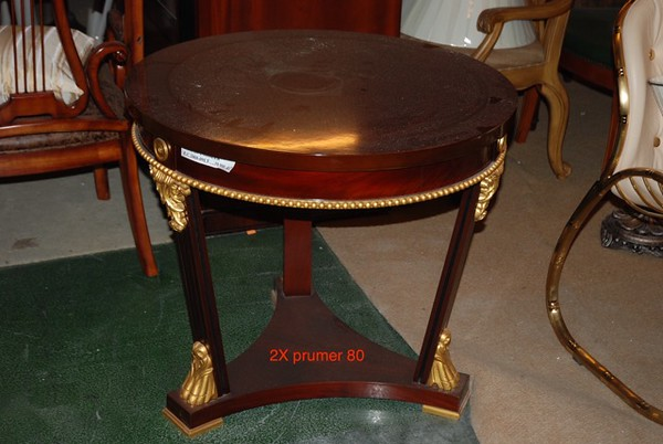 2 x Side tables.