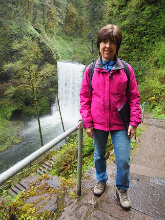 Hiking at Silver Falls State Park in Oregon