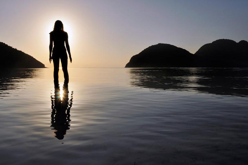 Alien leaving Earth.  Desert Island Palawan