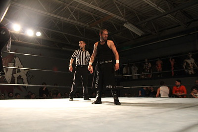 Mike Law & Manny Martinez vs. Da Hoodz (Davey Cash & Kris Pyro)