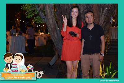 Xuan-Canh-Nhat-Linh-Wedding-by-WefieBox-Photobooth-Vietnam-25