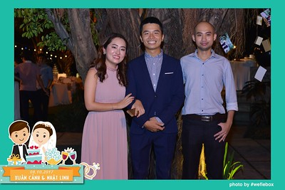 Xuan-Canh-Nhat-Linh-Wedding-by-WefieBox-Photobooth-Vietnam-33